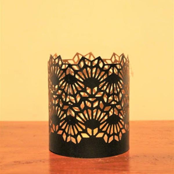 Decorative Metal Tea Light Holder/Votives